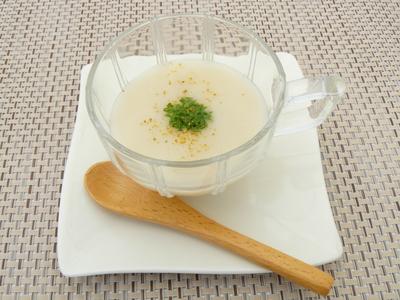 じゃがいもの冷製スープをゆずの香りと.JPG